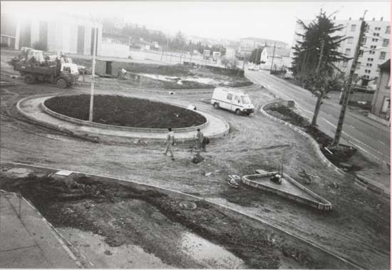 Construction du rond-point proche de la Mairie