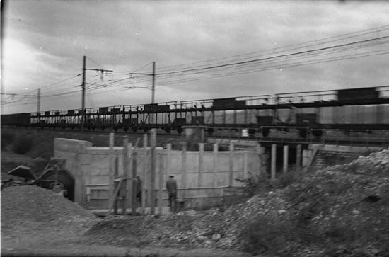 Construction du pont Moloise